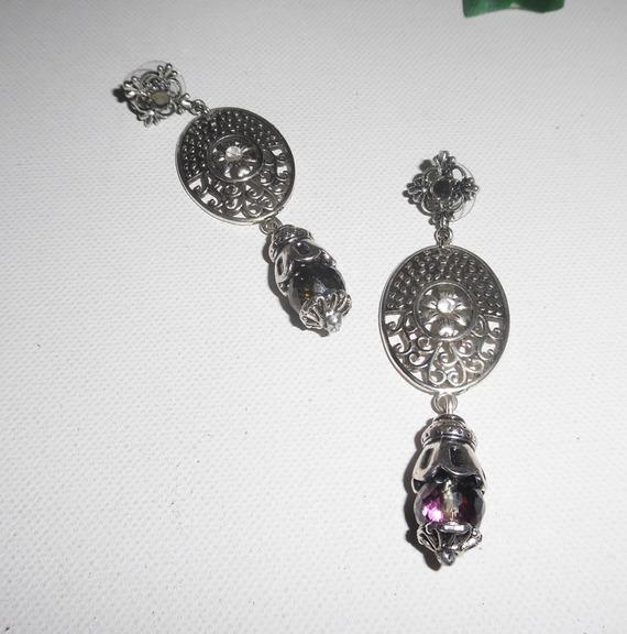 Boucles d'oreilles motif floral avec perles en cristal de bohème gris
