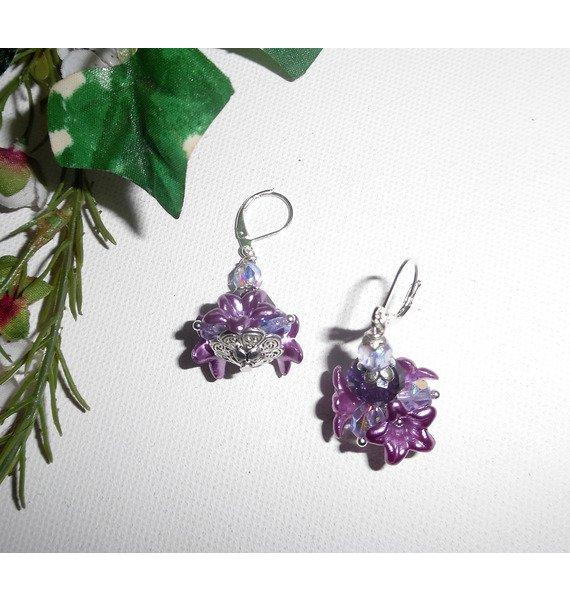 Boucles d'oreilles originales fleurettesviolettes avec perles en cristal