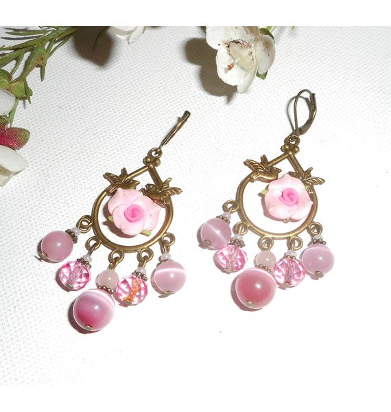 Boucles d'oreilles pendantes avec oiseaux et roses sur dormeuses bronze