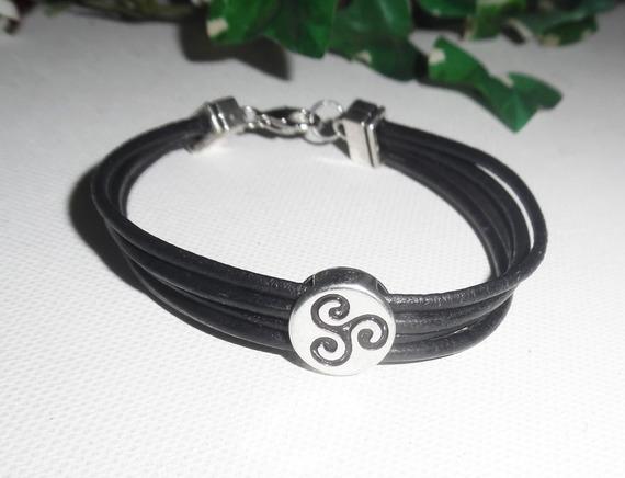 Bracelet cuir multi-rangs avec tricel