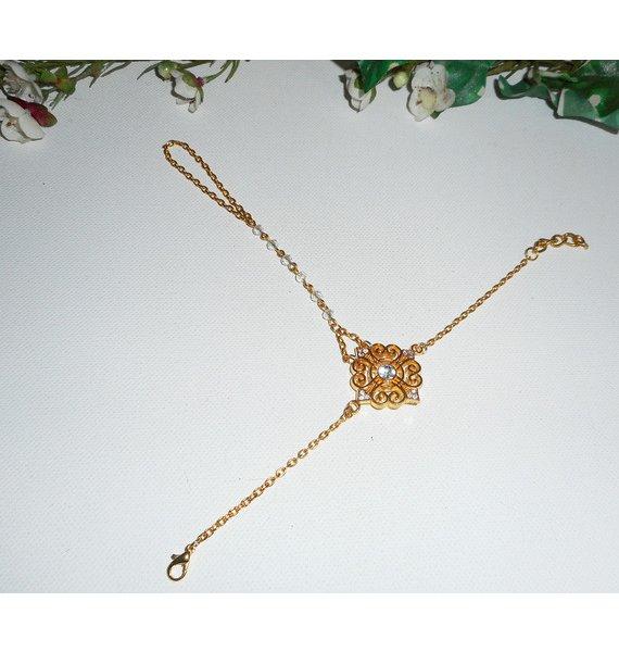 Bracelet de doigt original avec croix en cristal  sur chaine dorée
