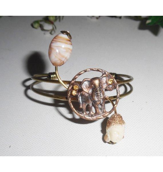 Bracelet en métal soudé avec éléphant verre filé et bouddha