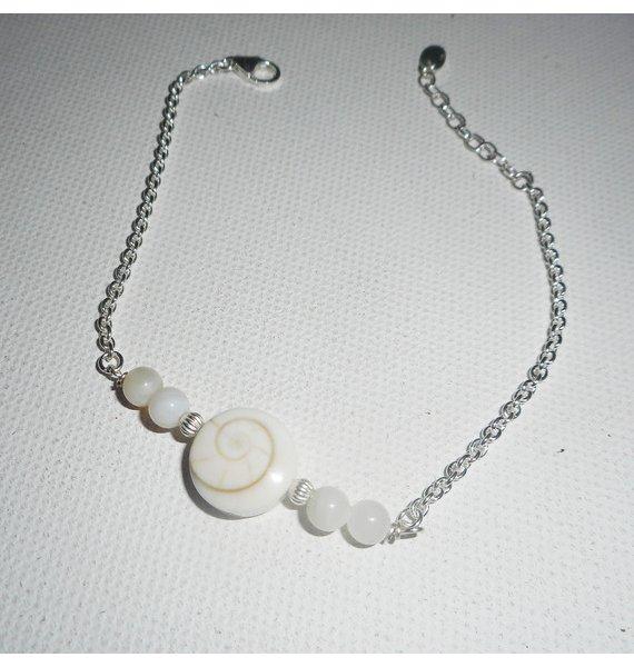 Bracelet oeil de Ste Lucie avec perles de nacre sur chaine argent 925