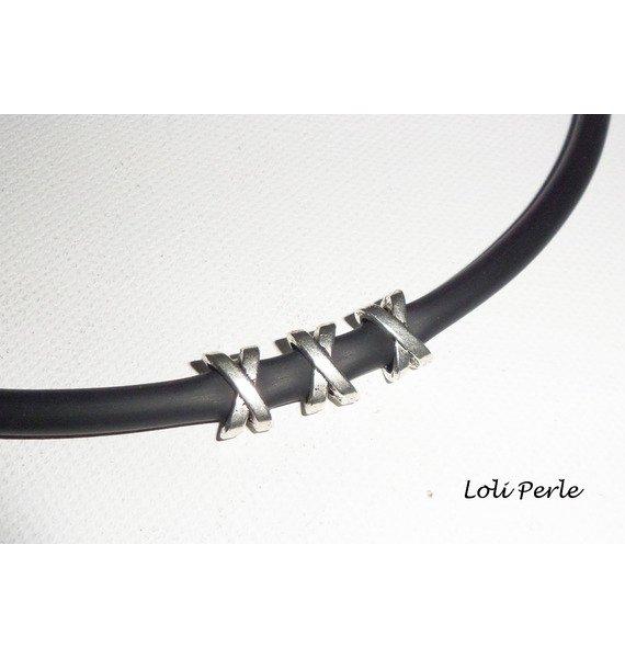 Collier homme perles X en métal argent sur buna corde noire
