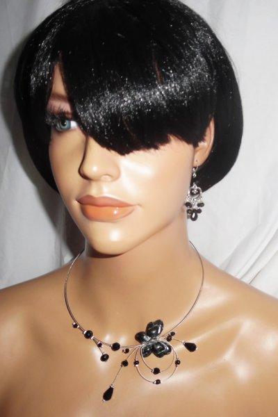 Collier original féerie perles en cristal noir et papillon