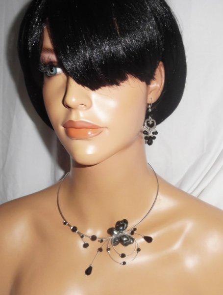 Parure Collier original féerie perles en cristal et papillon noir