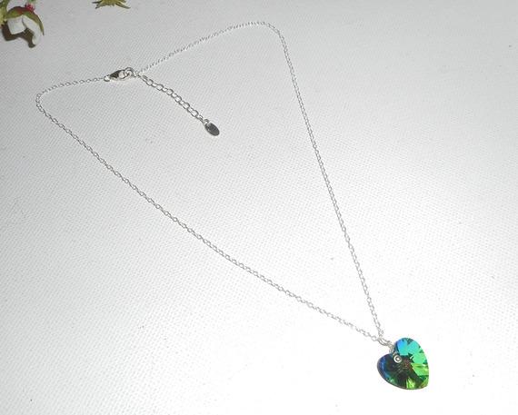 Pendentif coeur vert en cristal de Swarovski sur chaine argent 925