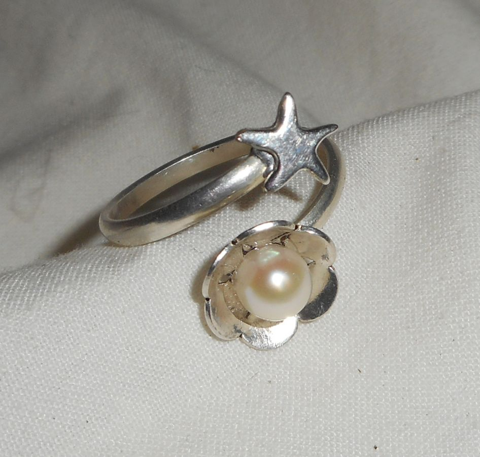Bague originale en argent 925 fleur perle de culture et étoile de mer
