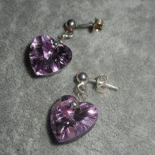 Boucles d'oreilles coeur mauve en cristal de Swarovski sur clous argent 925