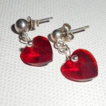 Boucles d'oreilles coeur rouge en cristal de Swarovski sur clous argent 925