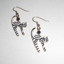 Boucles d'oreilles motif chat en émail noir et blanc avec perle en cristal noir