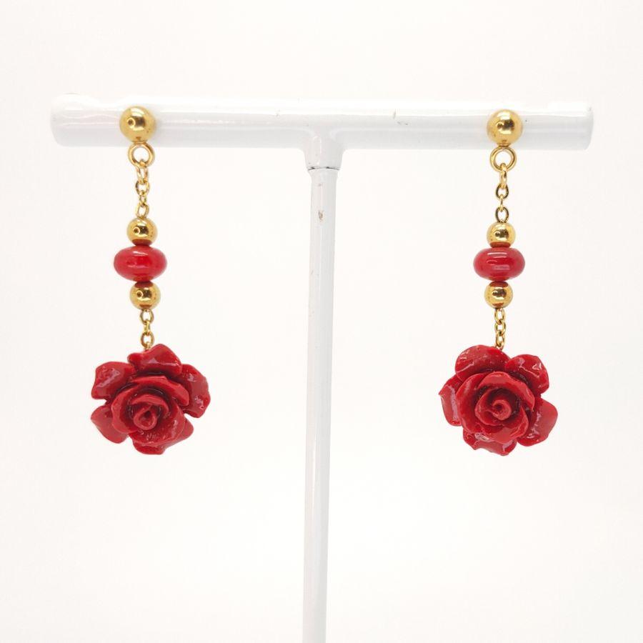 Boucles d'oreilles roses rouges en gorgone