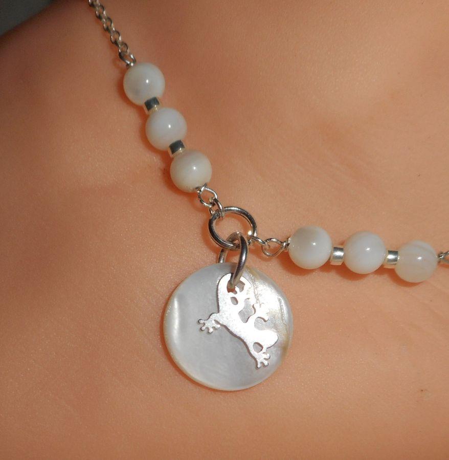 Bracelet/chaine de cheville originale en argent 925 avec nacre et tarente