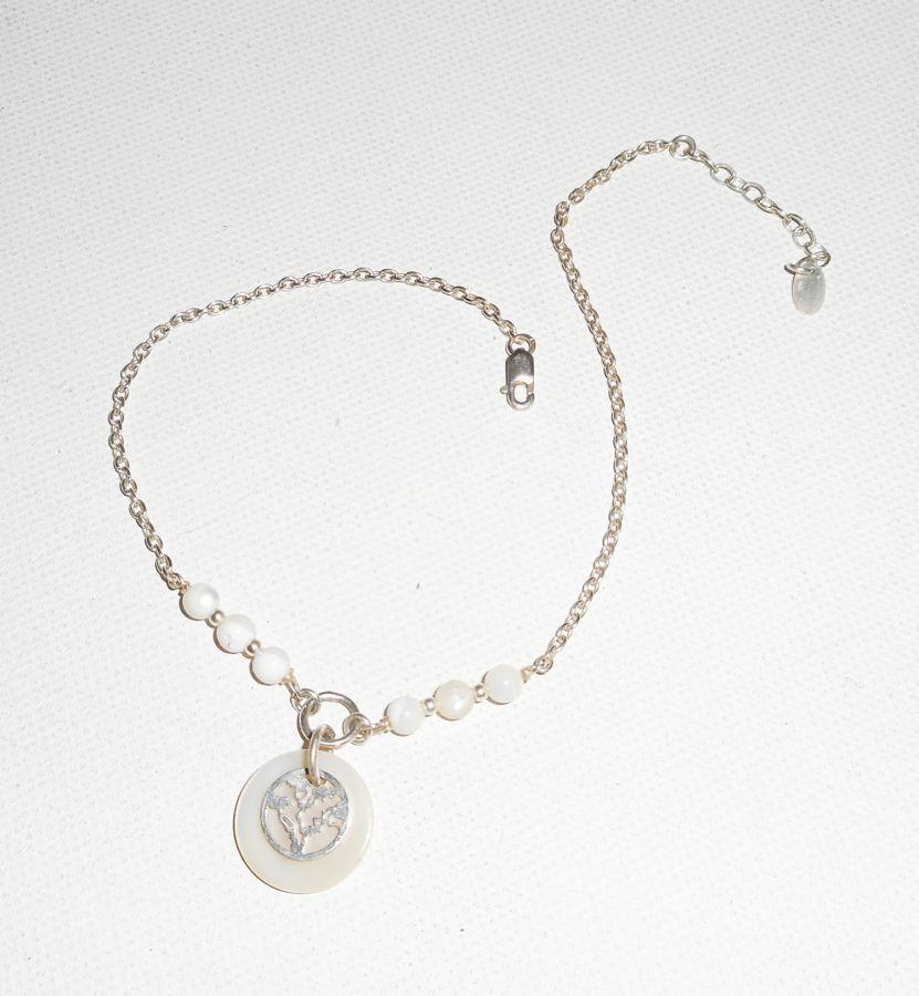 Bracelet/chaine de cheville originale en argent 925 avec nacre et arbre de vie