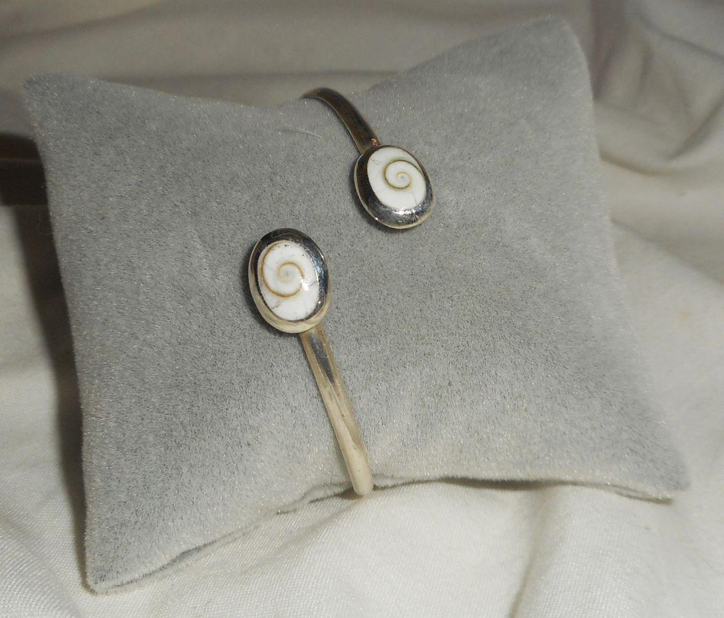 Bracelet avec double cabochons  oeil de Ste Lucie en argent 925