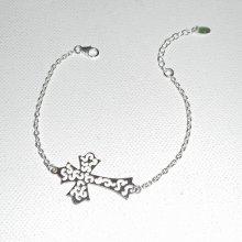 Bracelet original en argent 925 avec croix ajourée