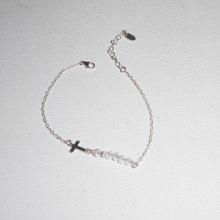 Bracelet original croix et perles en cristal sur chaine fine en argent 925
