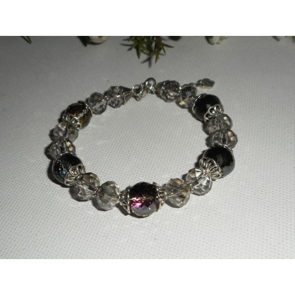 Bracelet en perles de cristal gris