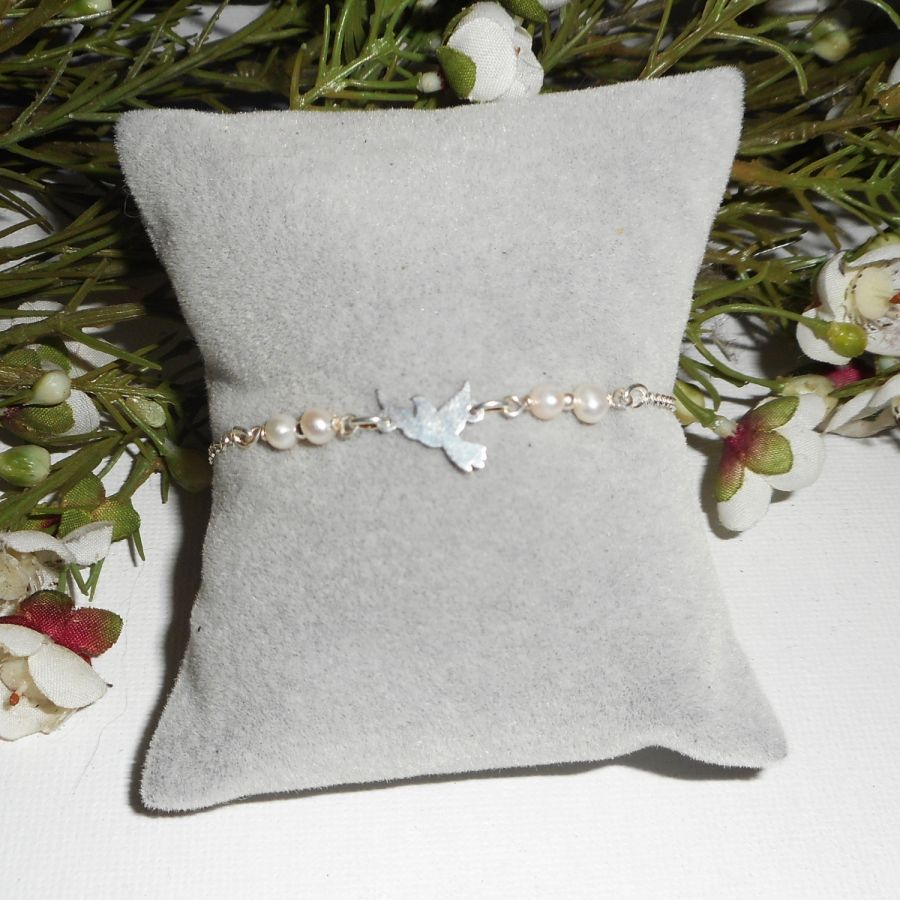 Bracelet en perles de culture avec colombe en argent 925