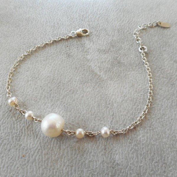 Bracelet perles de cultures sur chaine en argent 925