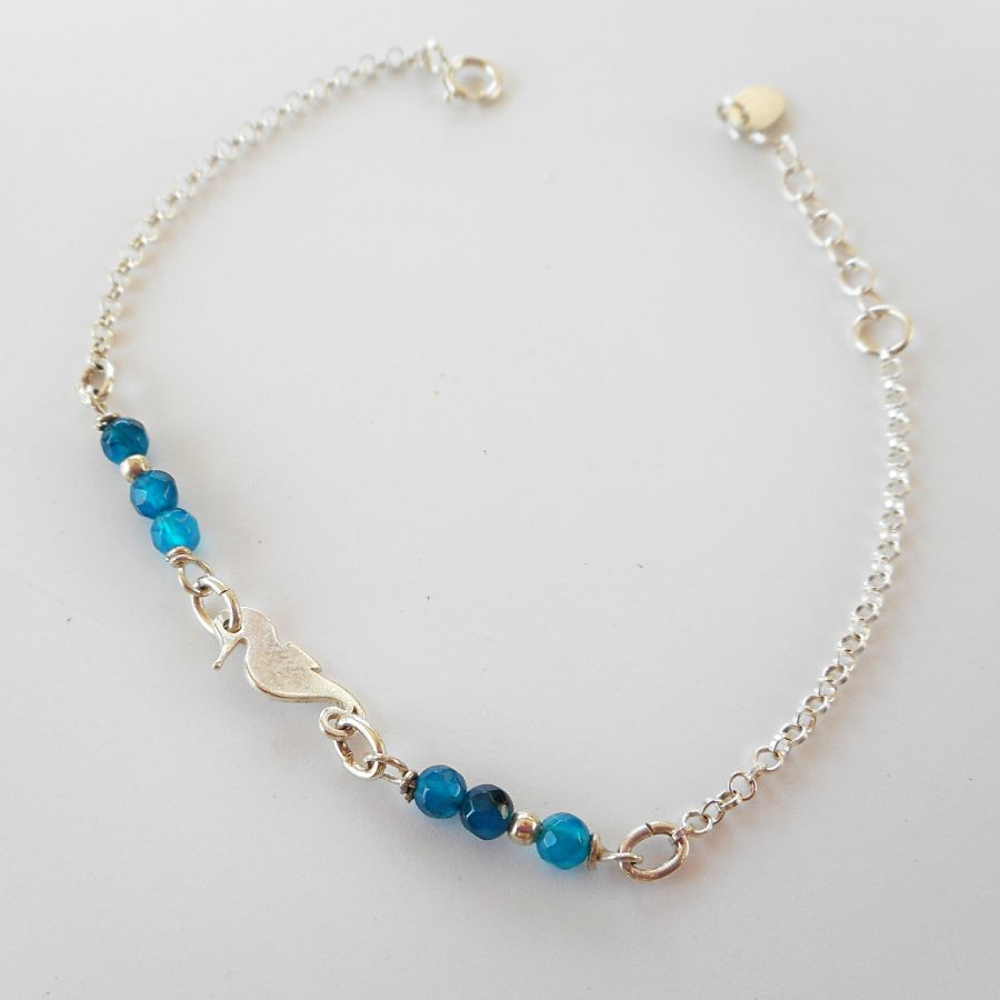 Bracelet pierres en agates bleues avec hippocampe sur chaine argent 925