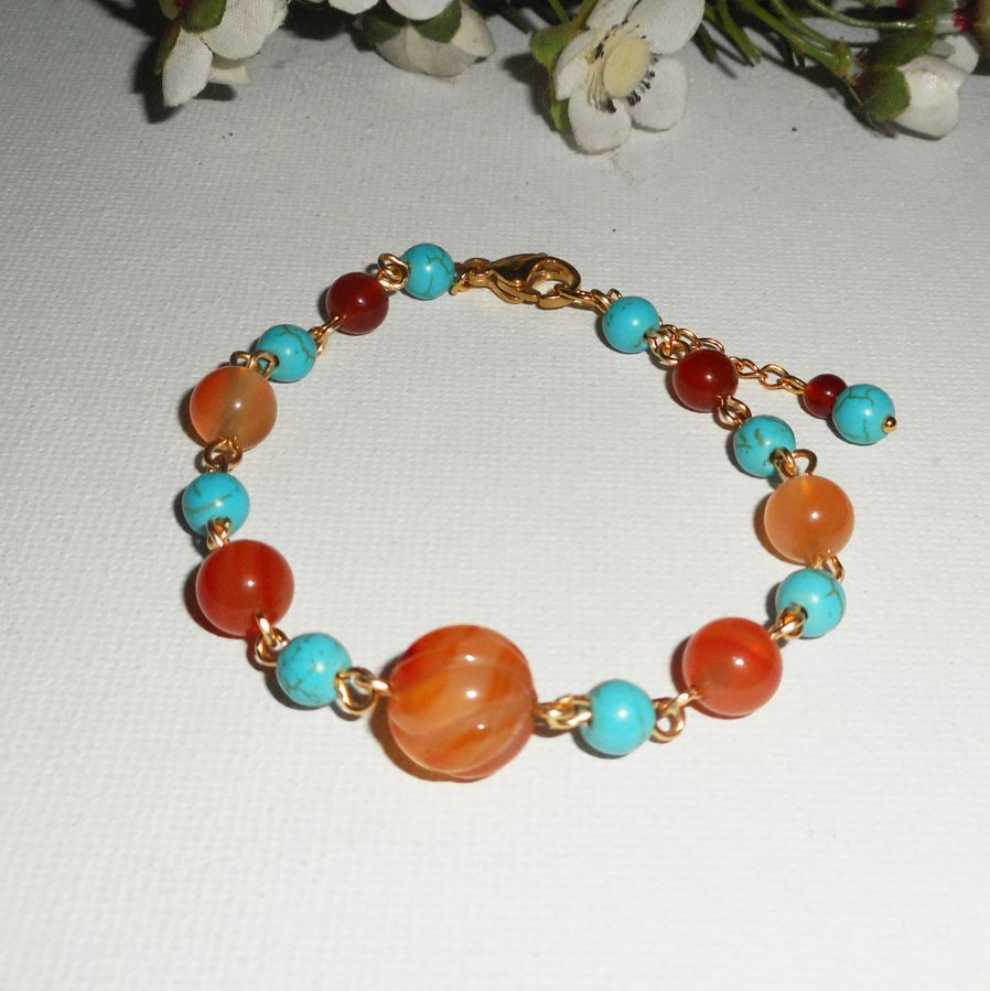 Bracelet en pierres de Cornaline orange et howlite turquoise