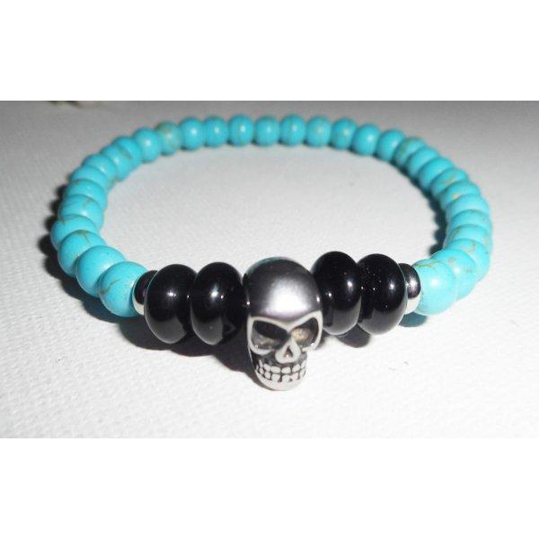 Bracelet en pierres d'onyx et turquoise avec tête de mort en acier inoxydable