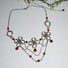 Collier original avec pierre de cornaline orange sur jeu de chaine et croix celtiques argent