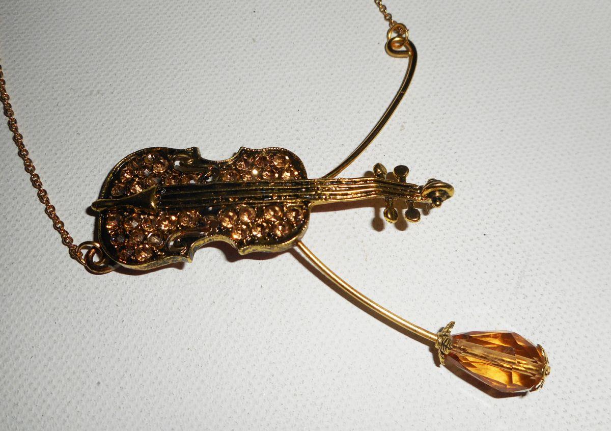 Parure Collier original violon en cristal ambre sur chaine doré