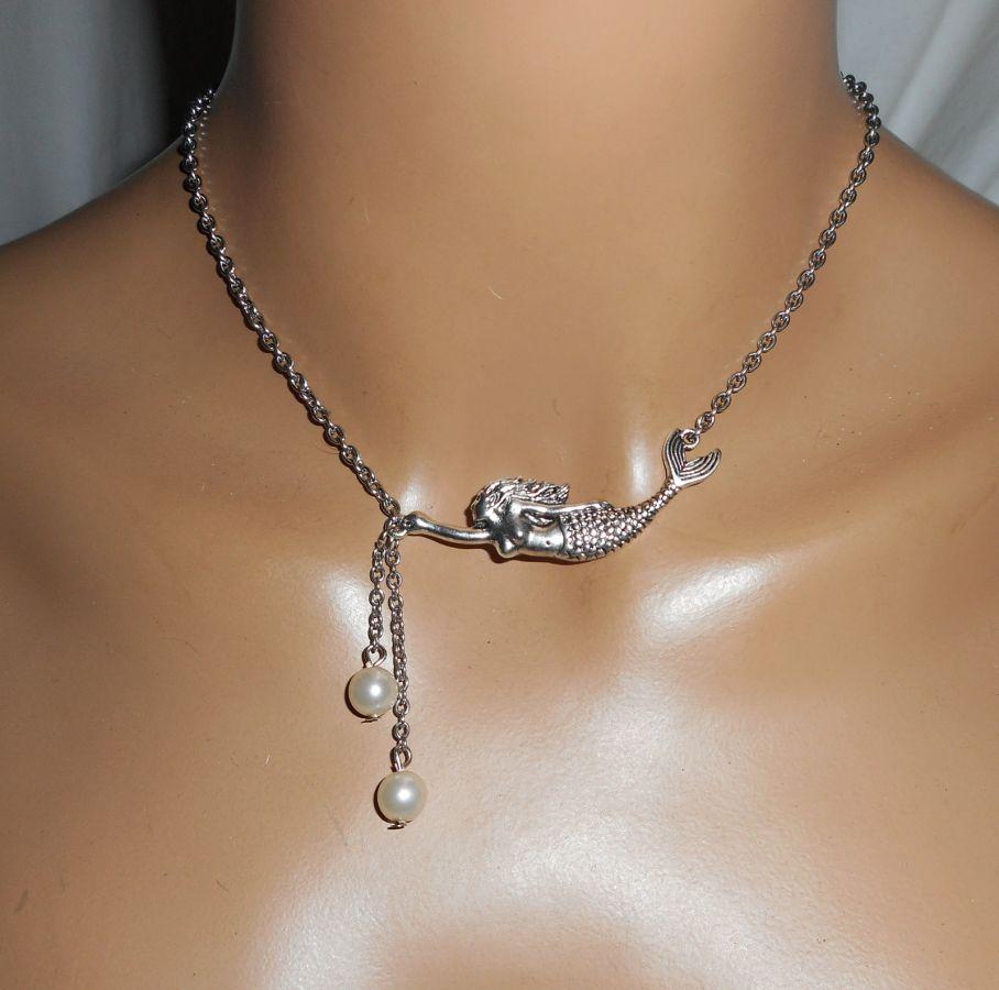 Collier sirène perles de verre blanc nacré sur chaine argent