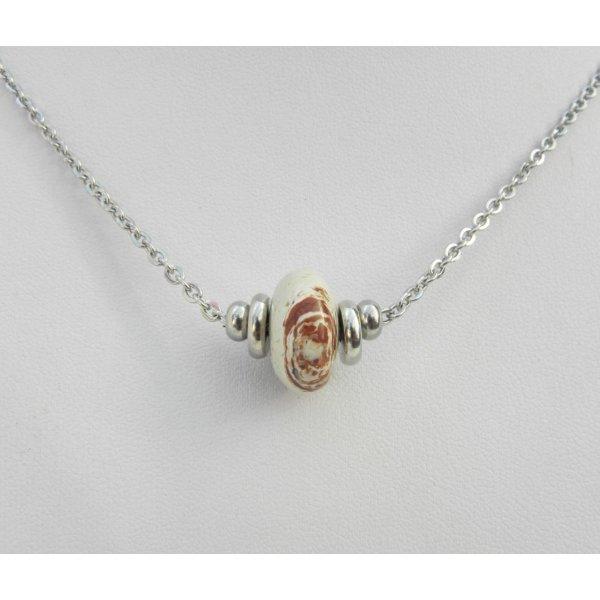Collier solitaire avec pierre en jaspe rondelle beige et perles en acier inoxydable