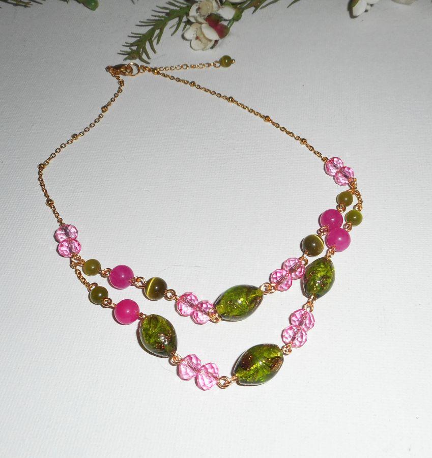 Collier en Verre de Murano et cristal rose et vert sur chaine en acier