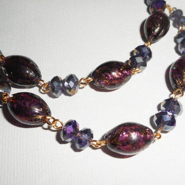 Collier en Verre de Murano et cristal violet sur chaine en acier or