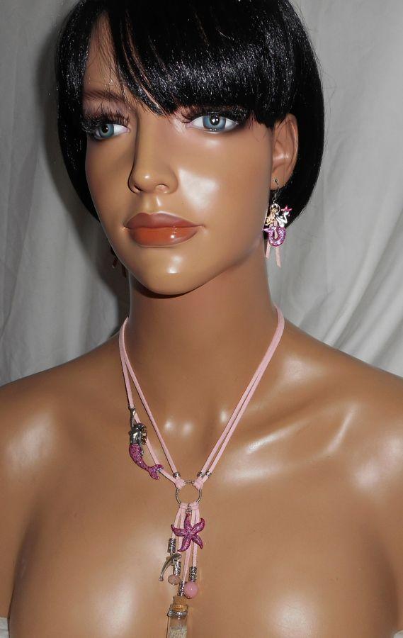 Parure Collier en daim rose sirène avec étoile de mer, bouteille et dauphin