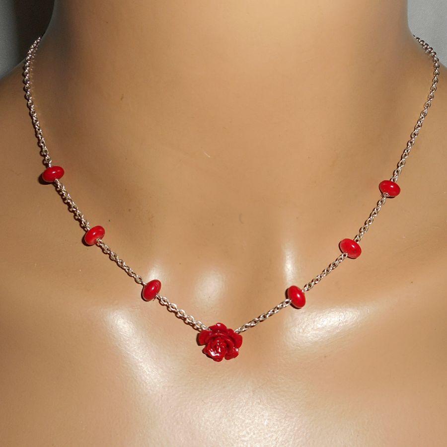 Parure Collier rose rouge et gorgone sur chaine argent