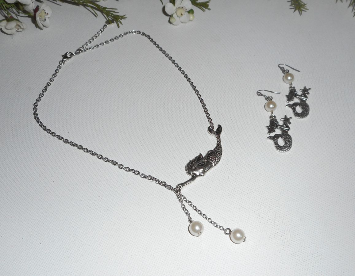 Parure Collier sirène perles de verre blanc nacré sur chaine argent