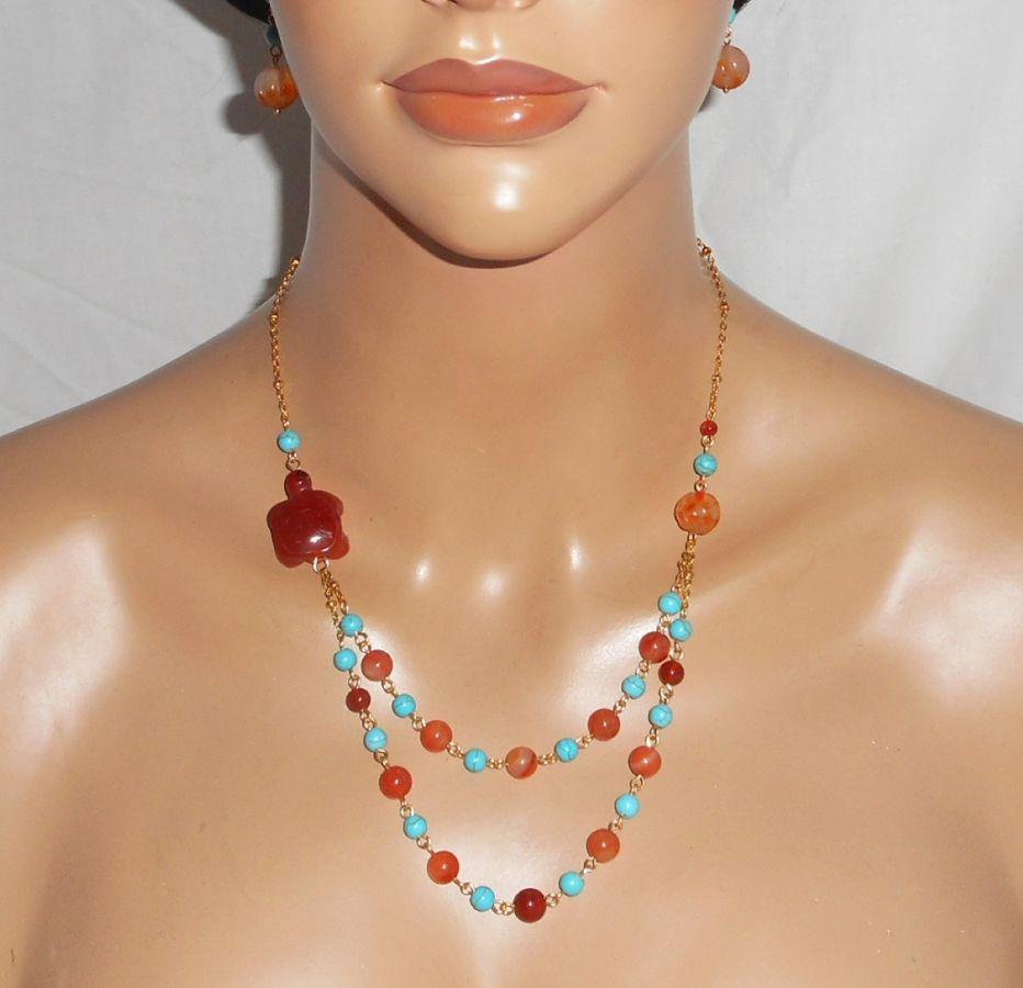 Collier tortue en pierres de cornaline et turquoise