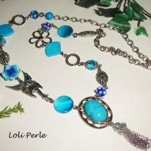 Sautoir en pierres de turquenite bleu avec fée et fleurs