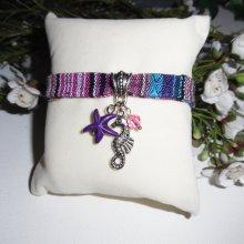 Bracelet tissus coloré avec pampilles hippocampe et étoile de mer violette