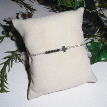 Bracelet original croix et pierres d'hématite sur chaine en argent 925