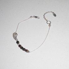 Bracelet original aile et perles en cristal marron sur chaine fine en argent 925