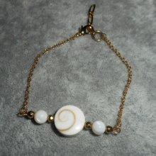 Bracelet oeil de Ste Lucie avec nacre sur chaine plaqué or