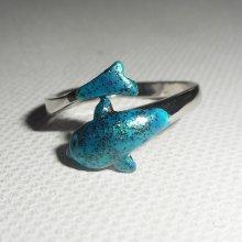 Bague originale en argent 925 avec dauphin coloré en bleu