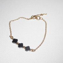 Bracelet  perles et trèfle en pierres d'hématite sur chaine plaqué or