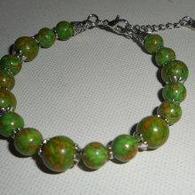 Bracelet en  pierres de turquenite verte