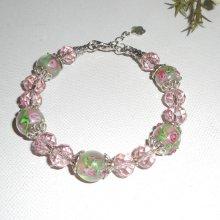 Bracelet en perles de verre fleuri et cristal rose