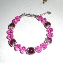 Bracelet en pierres d'agate fuschia et cristal