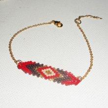 Bracelet losange en perles de miuki rouge tissé sur chaine plaqué or