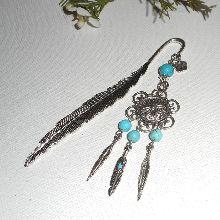 Marque plume avec attrape rêve et  pierres turquoises