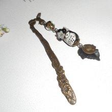 Marque page oiseau avec perles et hibou en porcelaine noire